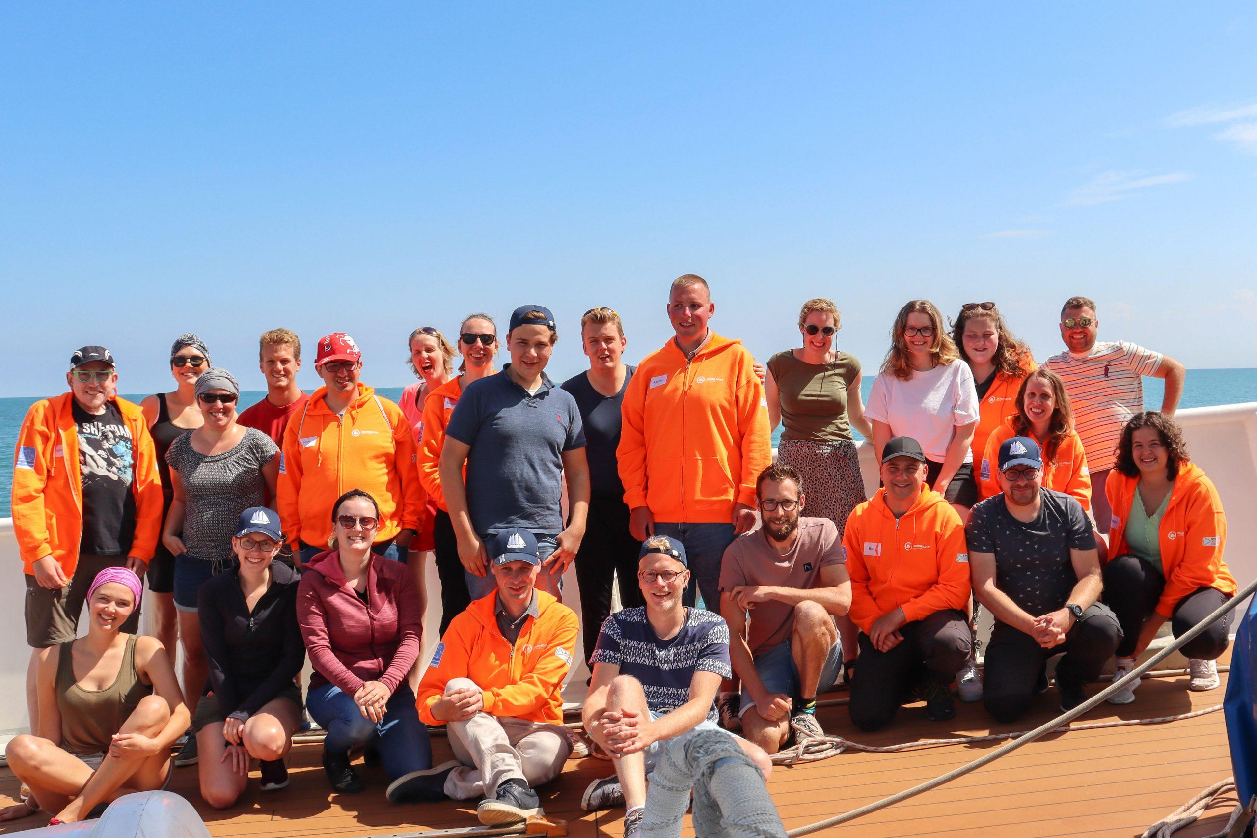 Vierentwintig jongeren (18 – 35 jaar) genoten van een week op zee